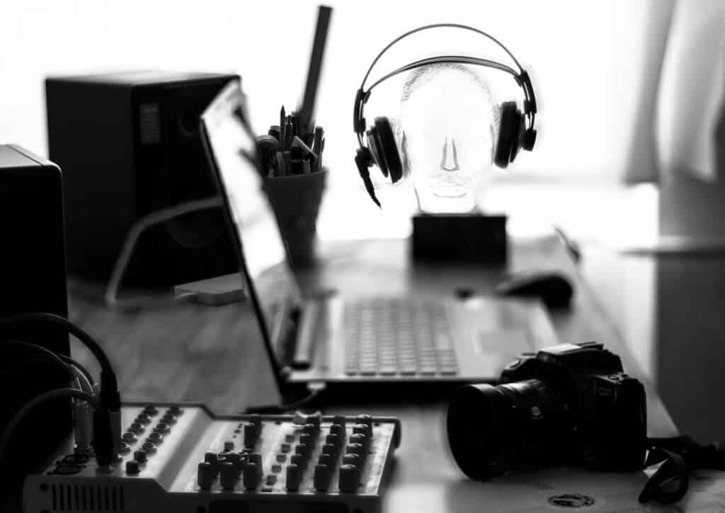 depth of field , bureauscene, hardware of media designers, jingle production, pxvkt